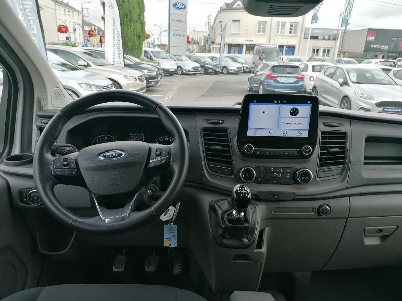 Ford Transit 300 L1H1 2.0 TDCi 130 Cabine Approfondie Limited Blanc occasion à Fleury-les-Aubrais - photo n°7