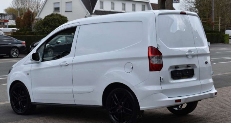 Ford Transit Courier 1.5 TDCi Blanc occasion à Ingelmunster - photo n°3