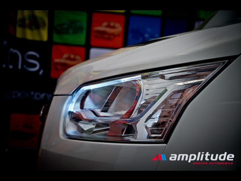 Ford Transit P350 L2H2 2.0 TDCi 130ch Trend Business Blanc occasion à Dijon - photo n°15