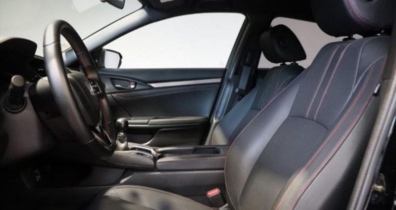 Honda Civic 1.0 i-VTEC 126ch Dynamic 5p Noir occasion à Saint Etienne - photo n°4