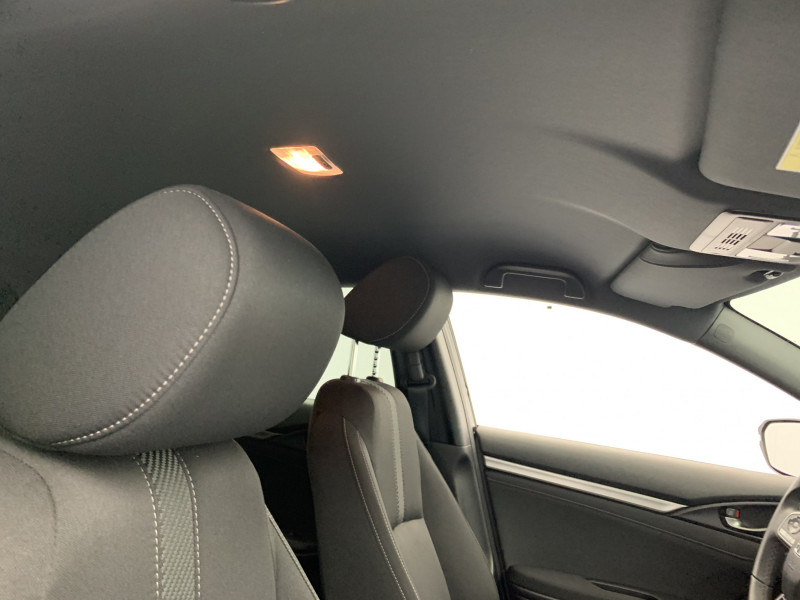 Honda Civic 1.0 i-VTEC 126ch Elegance 5p Noir occasion à SAINT-GREGOIRE - photo n°19