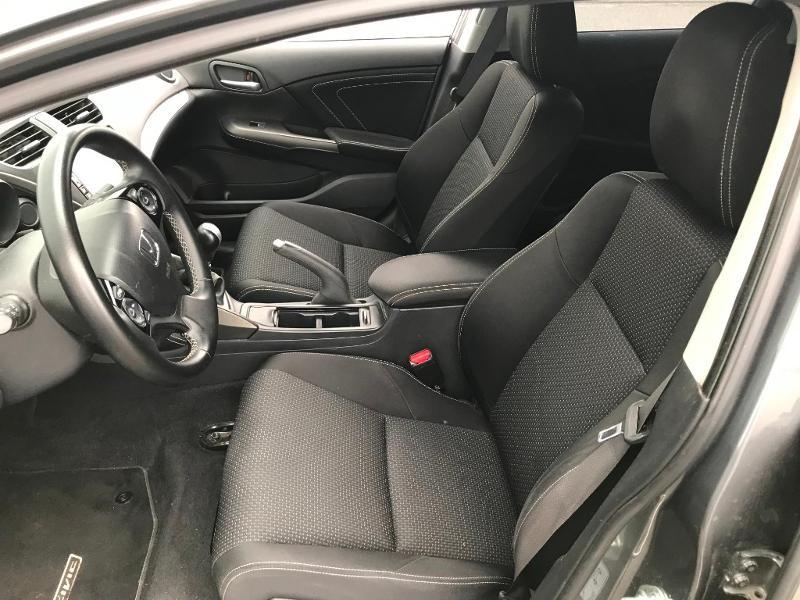 Honda Civic 1.6 i-DTEC 120 Executive Navi Gris occasion à Labège - photo n°9
