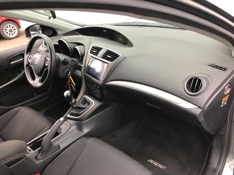 Honda Civic 1.6 i-DTEC 120 Executive Navi Gris occasion à Labège - photo n°17