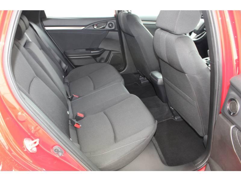 Honda Civic 2018 1.6 i-DTEC 120 Executive Rouge occasion à Lescar - photo n°9