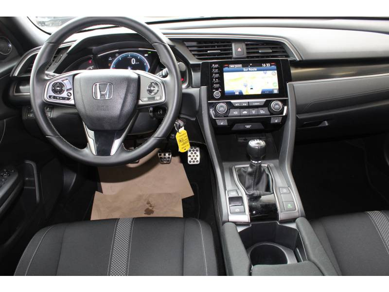 Honda Civic 2018 1.6 i-DTEC 120 Executive Rouge occasion à Lescar - photo n°6