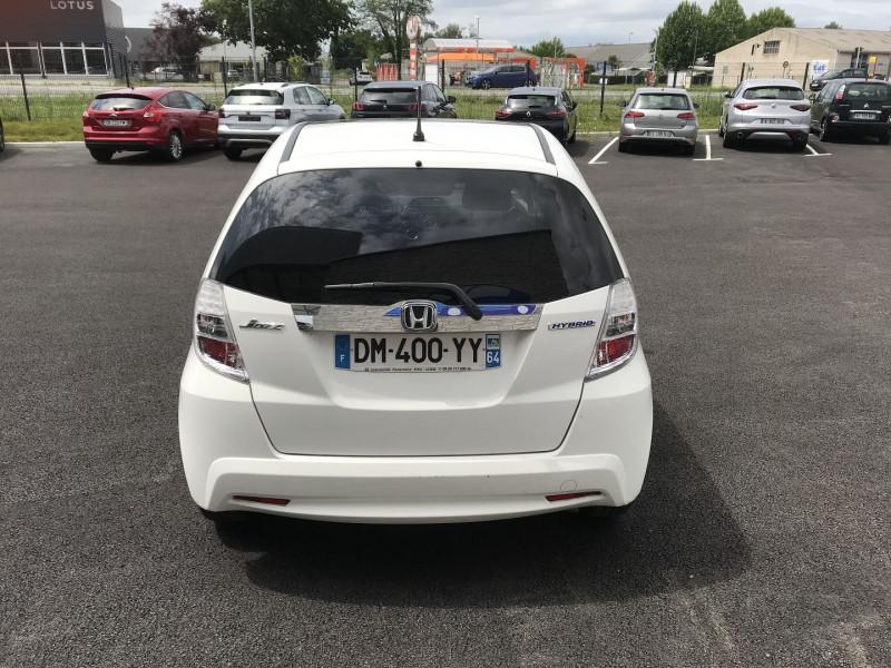 Honda Jazz 1.3 I-VTEC 88 HYBRID LUXURY Blanc occasion à Serres-Castet - photo n°4