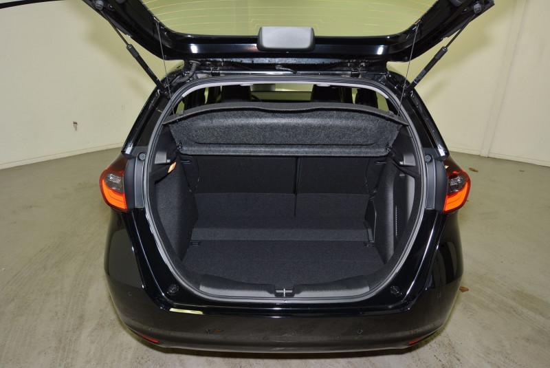 Honda Jazz 1.5 I-MMD 109CH EXECUTIVE Noir occasion à Quimper - photo n°6
