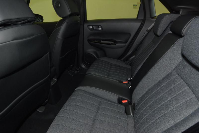 Honda Jazz 1.5 I-MMD 109CH EXECUTIVE Noir occasion à Quimper - photo n°4