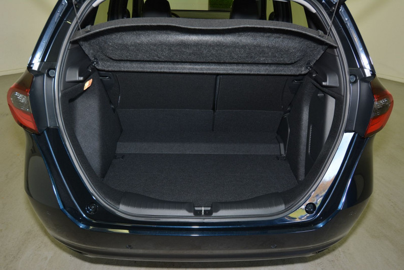 Honda Jazz 1.5 I-MMD 109CH EXECUTIVE Bleu occasion à Quimper - photo n°6