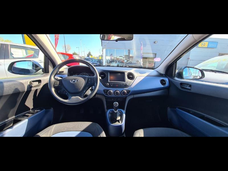 Hyundai i10 1.0 66ch Intuitive Euro6d-Temp Noir occasion à Corbeil-Essonnes - photo n°18