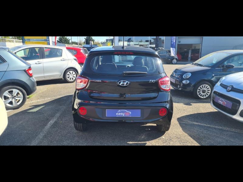 Hyundai i10 1.0 66ch Intuitive Euro6d-Temp Noir occasion à Corbeil-Essonnes - photo n°4