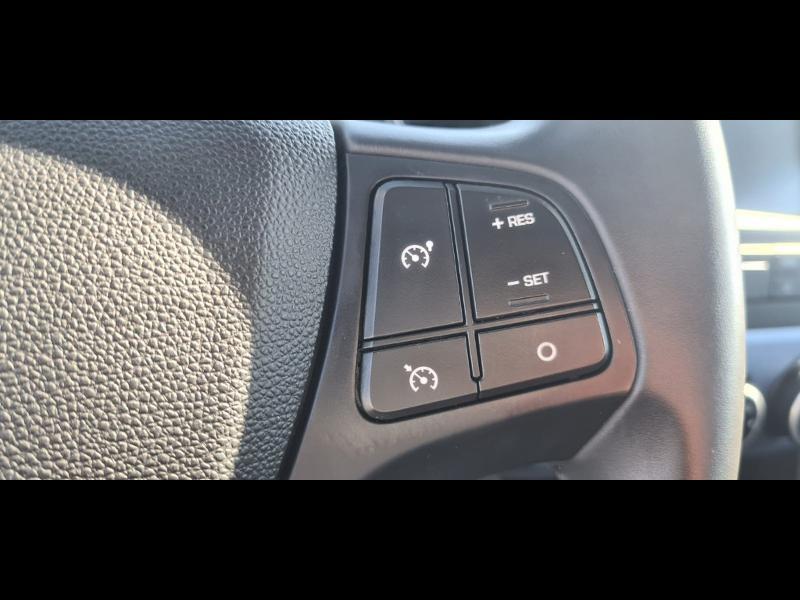 Hyundai i10 1.0 66ch Intuitive Euro6d-Temp Noir occasion à Corbeil-Essonnes - photo n°13
