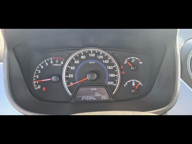 Hyundai i10 1.0 66ch Intuitive Euro6d-Temp Noir occasion à Corbeil-Essonnes - photo n°9