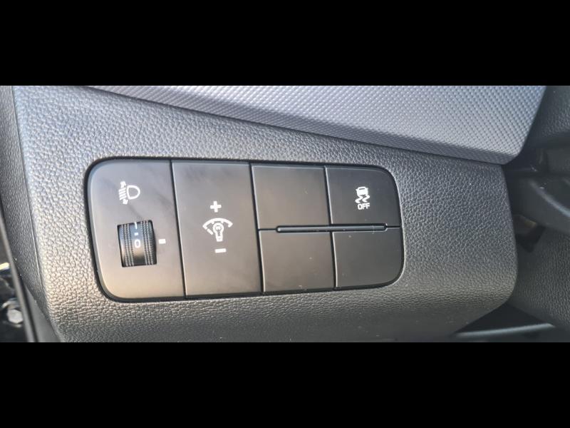 Hyundai i10 1.0 66ch Intuitive Euro6d-Temp Noir occasion à Corbeil-Essonnes - photo n°15