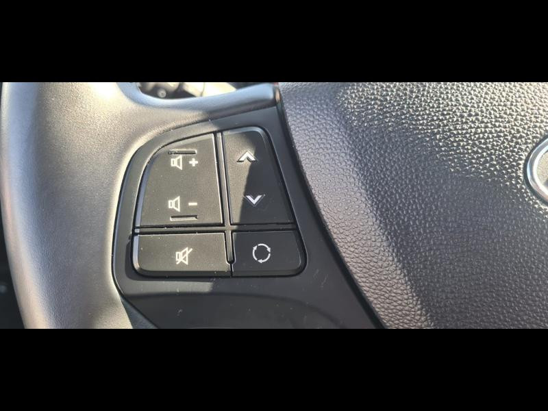 Hyundai i10 1.0 66ch Intuitive Euro6d-Temp Noir occasion à Corbeil-Essonnes - photo n°16