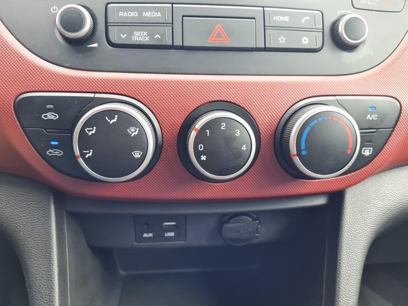 Hyundai i10 1.0 66ch Intuitive Rouge occasion à Auxerre - photo n°4