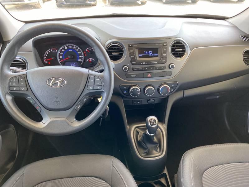 Hyundai i10 1.2 87 BVM5 Intuitive Noir occasion à Brive-la-Gaillarde - photo n°5