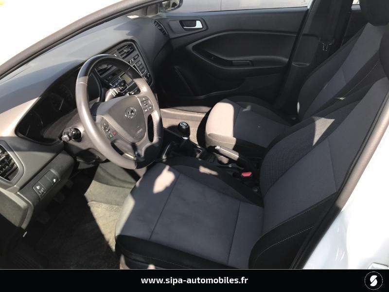 Hyundai i20 1.2 75 Edition #Clim Blanc occasion à La Teste-de-Buch - photo n°4