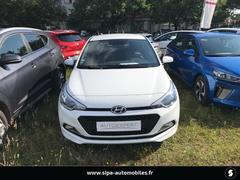Hyundai i20 1.2 75 Edition #Clim Blanc occasion à La Teste-de-Buch - photo n°8