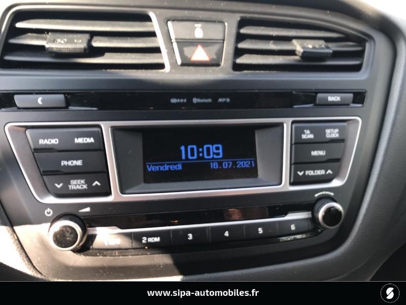 Hyundai i20 1.2 75 Edition #Clim Blanc occasion à La Teste-de-Buch - photo n°5