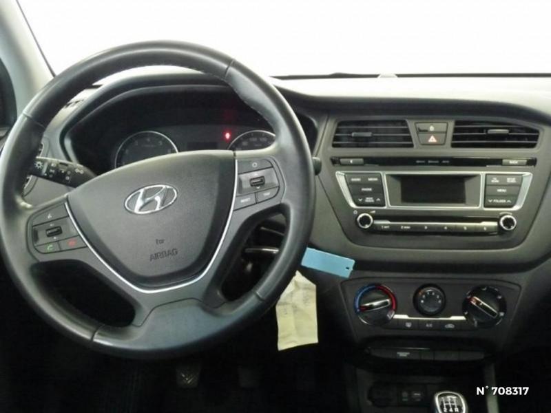 Hyundai i20 1.2 75 Edition #Clim Gris occasion à Villeparisis - photo n°14