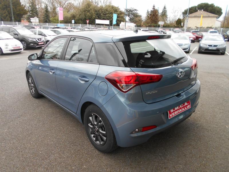 Hyundai i20 1.2 75 Initia Bleu occasion à Bessières - photo n°3