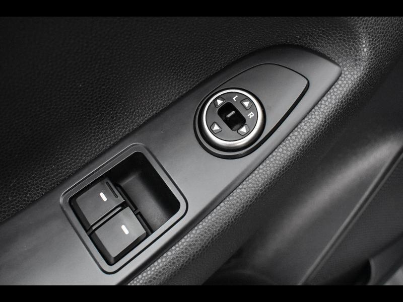 Hyundai i20 1.2 75ch Initia Gris occasion à Jaux - photo n°13