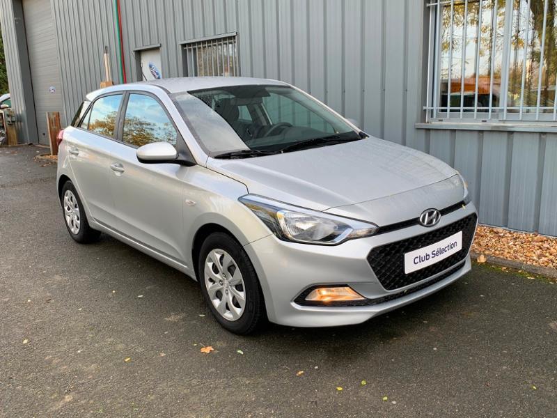 Hyundai i20 1.2 75ch Initia Gris occasion à Saint-Doulchard