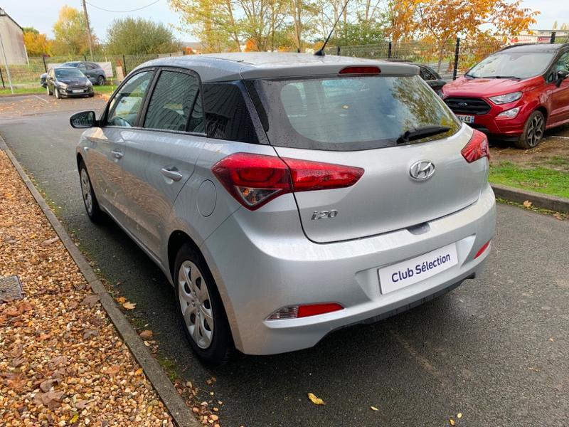 Hyundai i20 1.2 75ch Initia Gris occasion à Saint-Doulchard - photo n°5