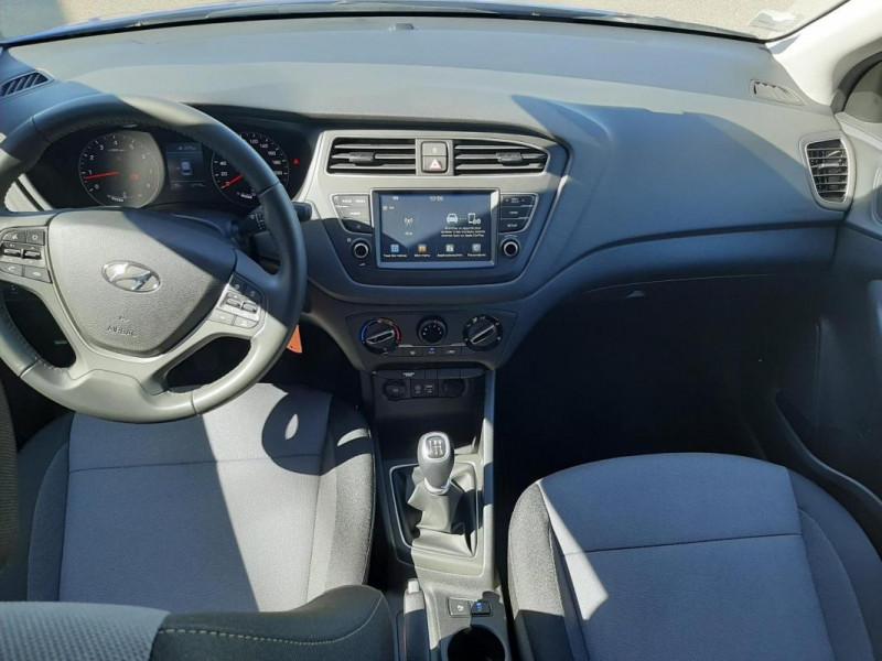 Hyundai i20 1.2 84 Intuitive Bleu occasion à Tourville-la-Rivière - photo n°4