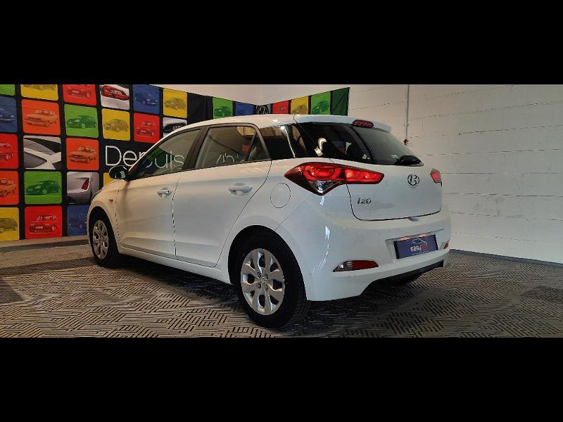 Hyundai i20 1.2 84 Intuitive Blanc occasion à Dijon - photo n°6