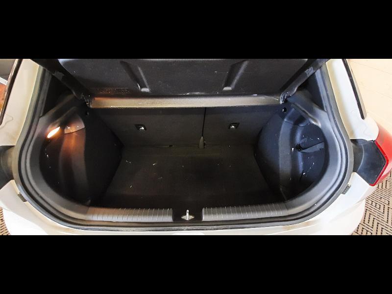 Hyundai i20 1.2 84 Intuitive Blanc occasion à Dijon - photo n°15