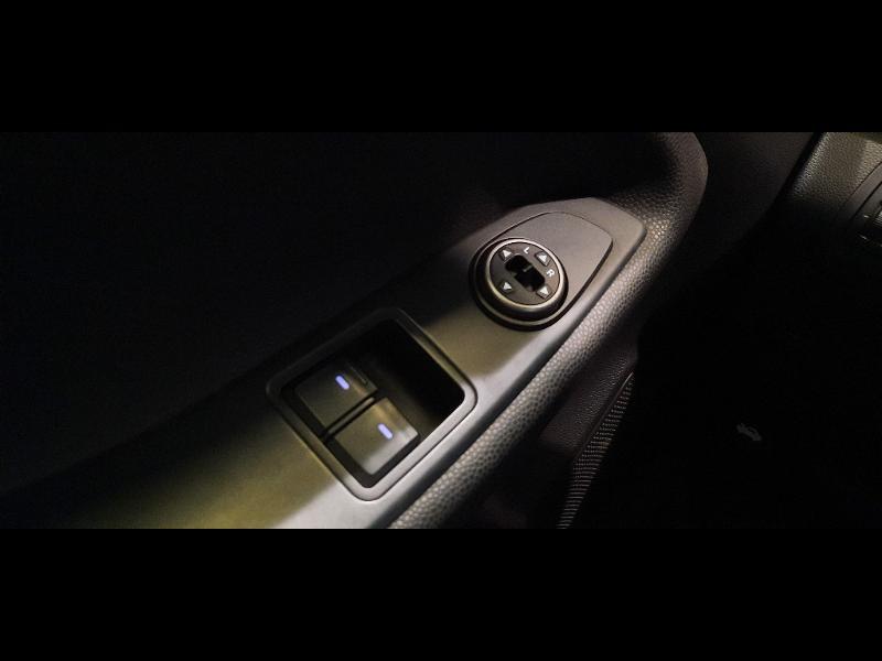 Hyundai i20 1.2 84 Intuitive Blanc occasion à Dijon - photo n°12