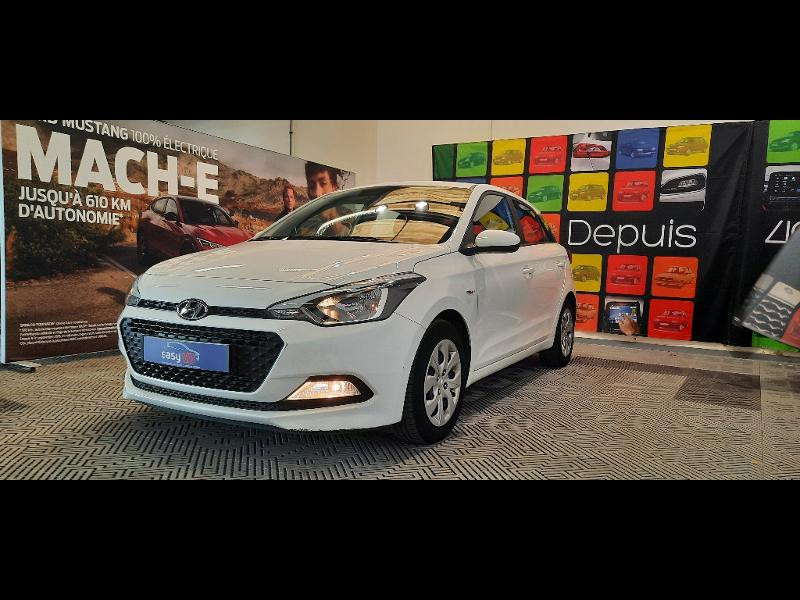 Hyundai i20 1.2 84 Intuitive Blanc occasion à Dijon - photo n°3