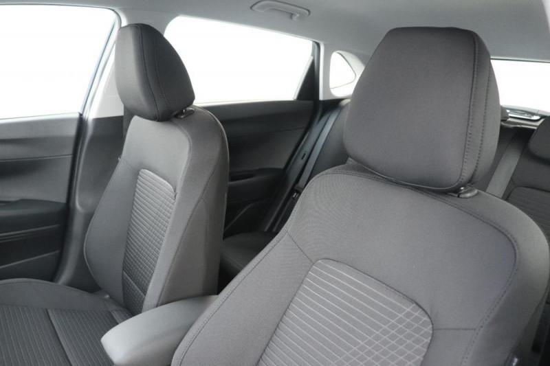 Hyundai i20 T-GDI MILD HYBRID 48V ESSENTIAL ECL Noir occasion à Semécourt - photo n°5