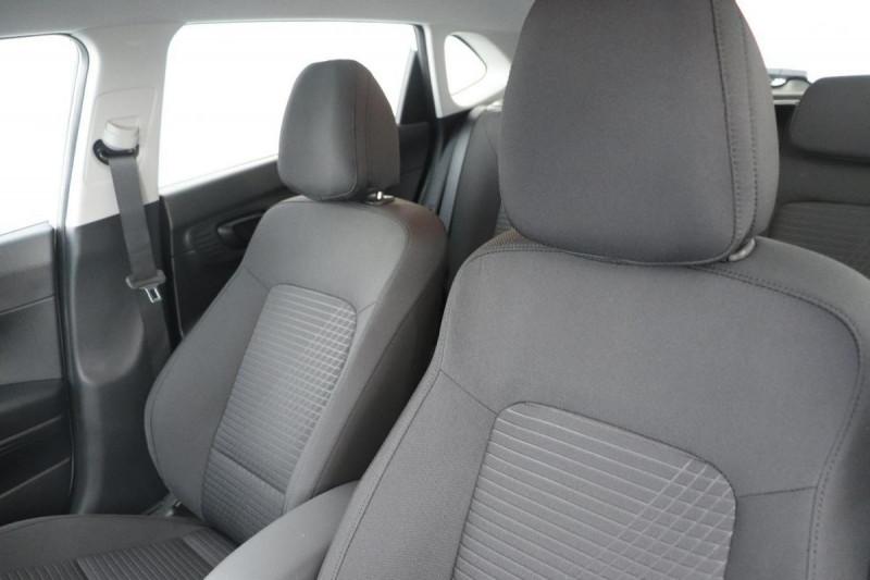 Hyundai i20 T-GDI MILD HYBRID 48V ESSENTIAL ECL Blanc occasion à Saint-Grégoire - photo n°5
