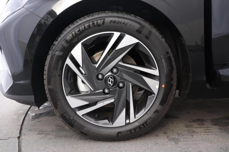 Hyundai i20 T-GDI MILD HYBRID 48V ESSENTIAL ECL Noir occasion à Semécourt - photo n°9