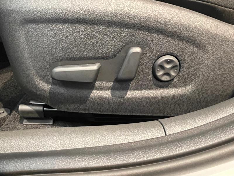 Hyundai i30 1.5 T-GDi 160ch N Line DCT-7 hybrid Blanc occasion à Muret - photo n°16