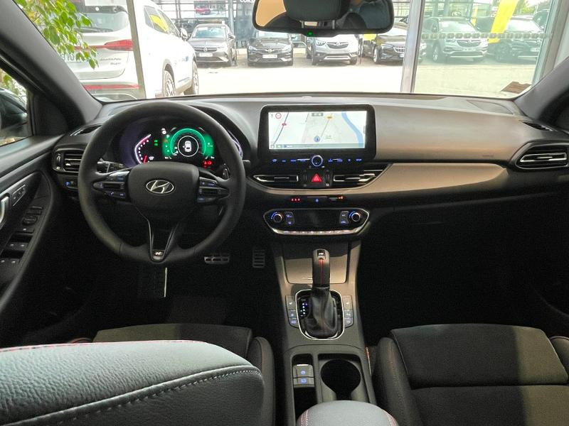 Hyundai i30 1.5 T-GDi 160ch N Line DCT-7 hybrid Blanc occasion à Muret - photo n°10