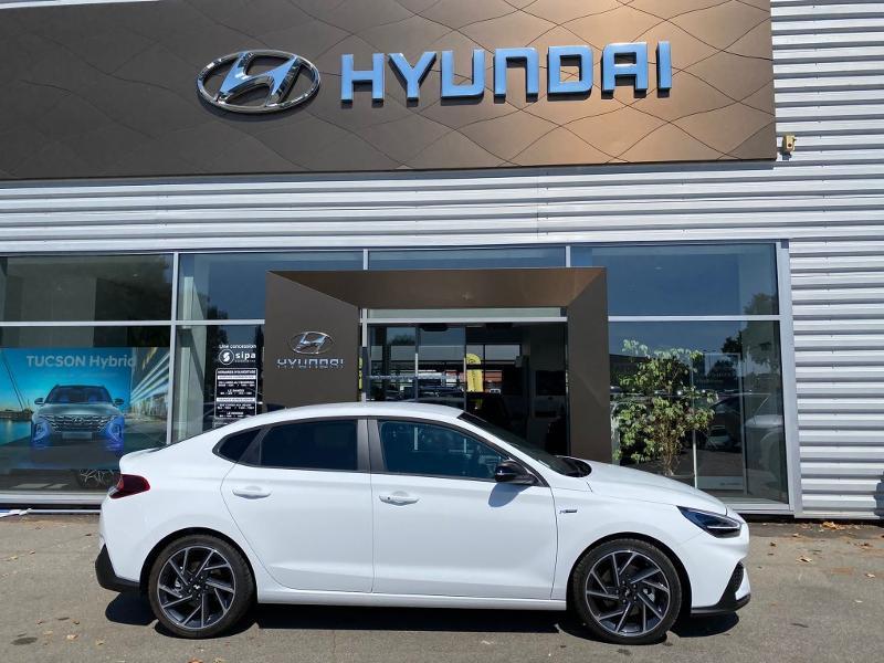 Hyundai i30 1.5 T-GDi 160ch N Line DCT-7 hybrid Blanc occasion à Muret - photo n°4