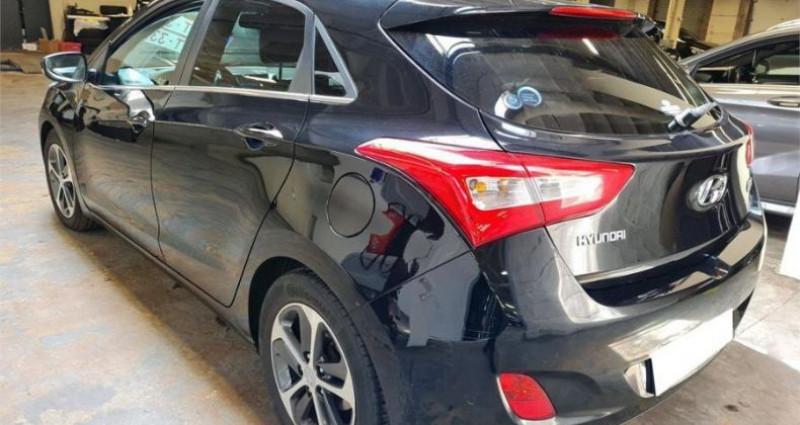 Hyundai i30 1.6 CRDi 110 Blue Drive GO! Noir occasion à CHANAS - photo n°2