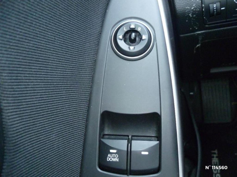 Hyundai i30 I30 1.6 CRDI 110CH BLUE DRIVE GO! 5P Bleu occasion à Mareuil-lès-Meaux - photo n°11