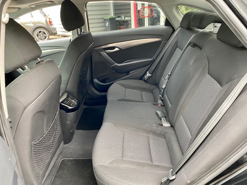 Hyundai i40 1.7 CRDi136 PACK Premium BA Noir occasion à Castelmaurou - photo n°5