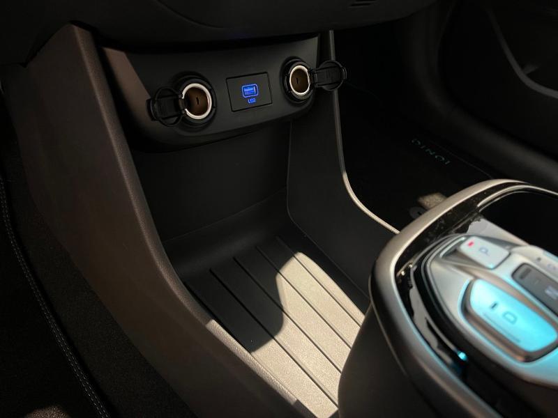 Hyundai Ioniq Electric 136ch Intuitive Gris occasion à Muret - photo n°15
