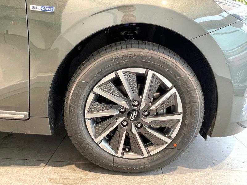 Hyundai Ioniq Electric 136ch Intuitive Gris occasion à Muret - photo n°5