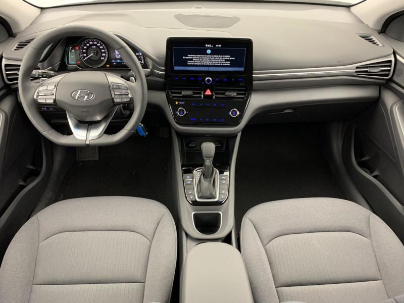 Hyundai Ioniq Plug-in 141 ch Intuitive Blanc occasion à SAINT-GREGOIRE - photo n°10