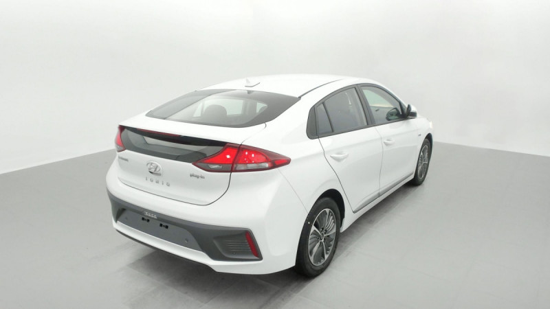 Hyundai Ioniq Plug-in 141 ch Intuitive Blanc occasion à SAINT-GREGOIRE - photo n°6