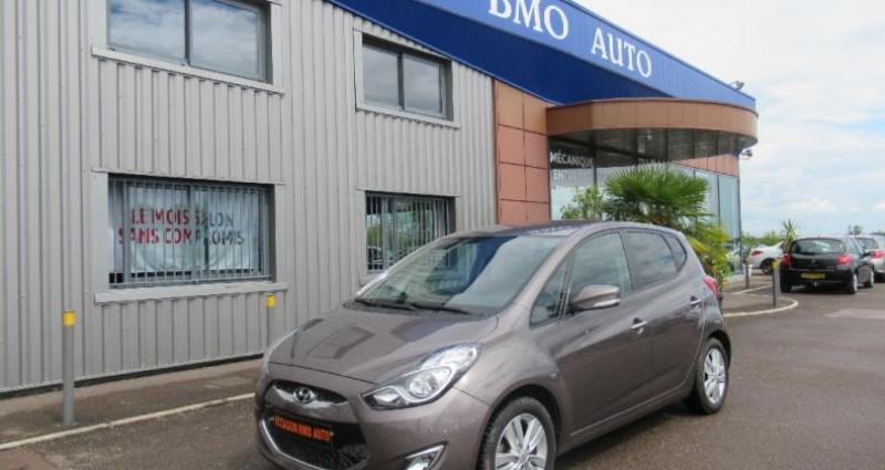Hyundai IX20 1.6 CRDi 115 Blue Drive Pack Business Gris occasion à Saint Parres Aux Tertres