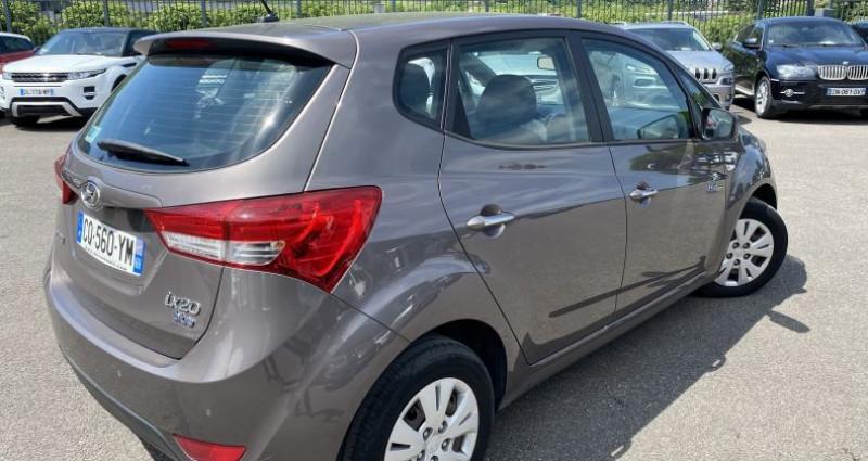 Hyundai IX20 1.6 CRDI115 PACK BUSINESS BLUE DRIVE Gris occasion à VOREPPE - photo n°3