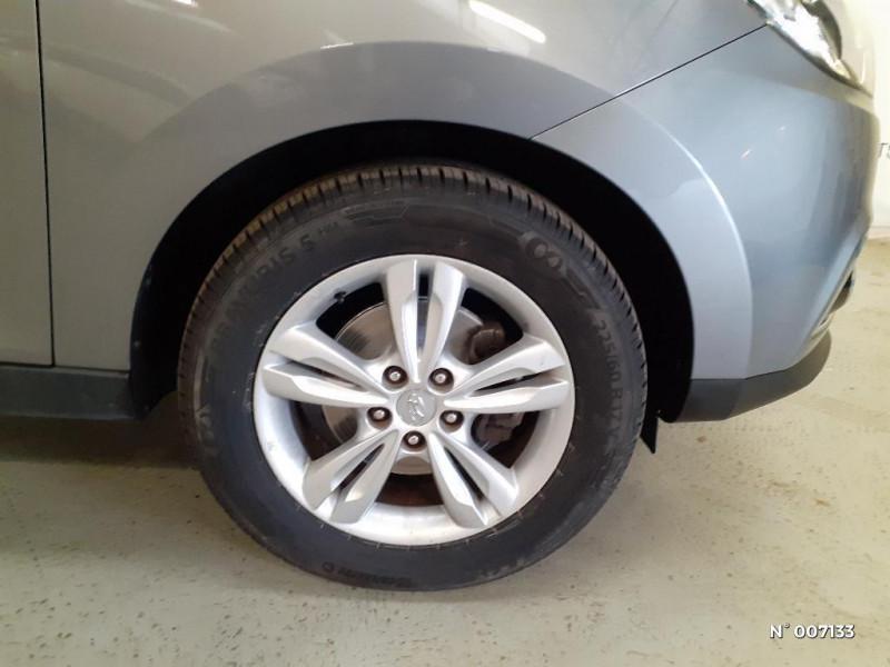 Hyundai IX35 1.6 GDI Pack Confort BlueDrive Gris occasion à Rouen - photo n°9
